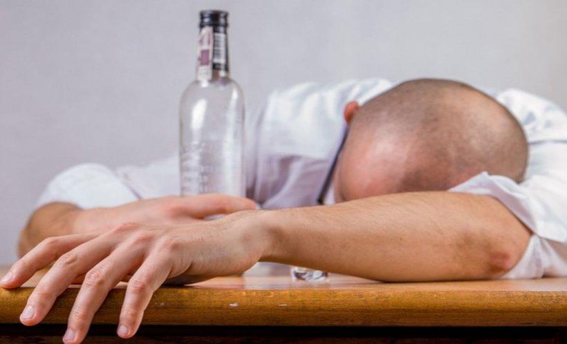 O femeie din Botoşani şi-a trimis soţul beat să doarmă în magazie. Cum l-a găsit după câteva ore