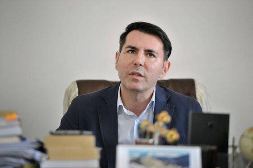 Gheorghe Stan, validat în funcția de judecător al CCR de Camera Deputaților