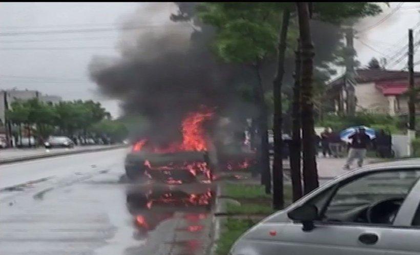 Mașină făcută scrum în trafic, în Capitală