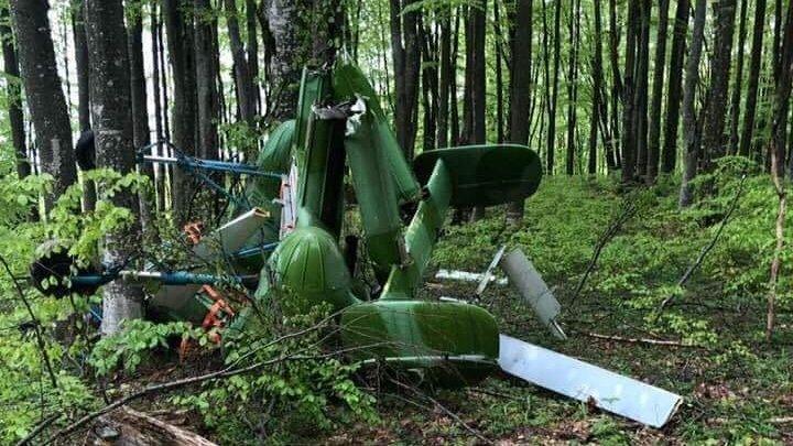 Descoperire șocantă la Săpânța. Un cioban a găsit un elicopter de producție rusească prăbușit. Lângă el se afla un bărbat mort
