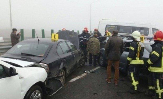 Carambol pe Autostrada Bucureşti-Piteşti: Nouă maşini au fost implicate