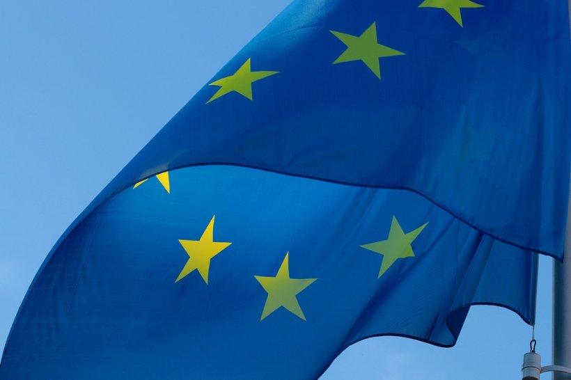 Comisia Europeană acuză șapte bănci de manipularea cursului valutar