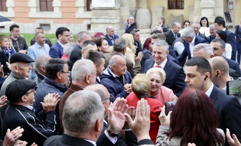 """Dăncilă, prima reacție despre protestatari: """"În momentul în care vii cu jigniri şi violenţă, înseamnă că nu ai argumente"""""""