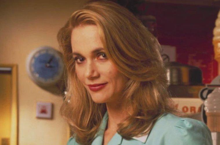 Doliu pentru fanii serialului Twin Peaks! Actriţa Peggy Lipton, cunoscută pentru rolul Normei, a murit la 72 de ani