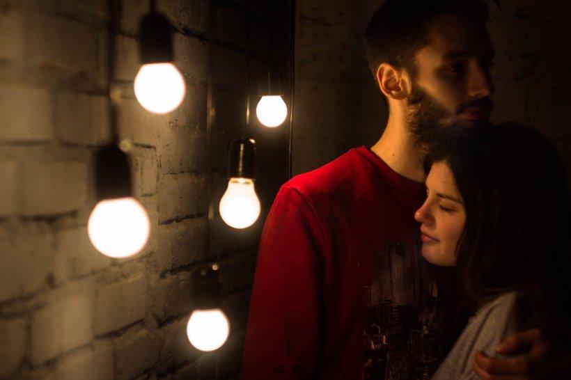 HOROSCOP. Cuplurile din zodiac care se îndrăgostesc la prima vedere în 2019