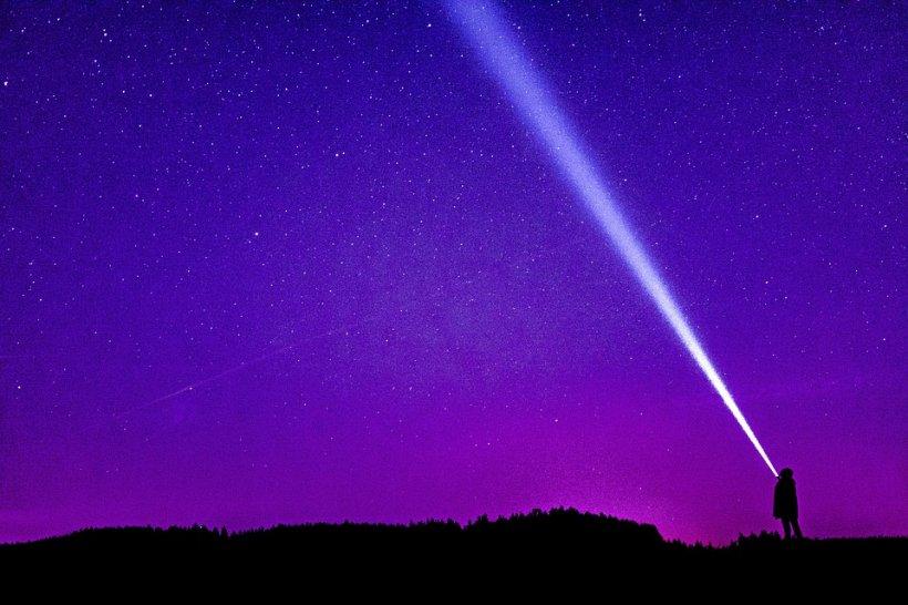 HOROSCOP 15 MAI. O zodie este răsfățată de Divinitate