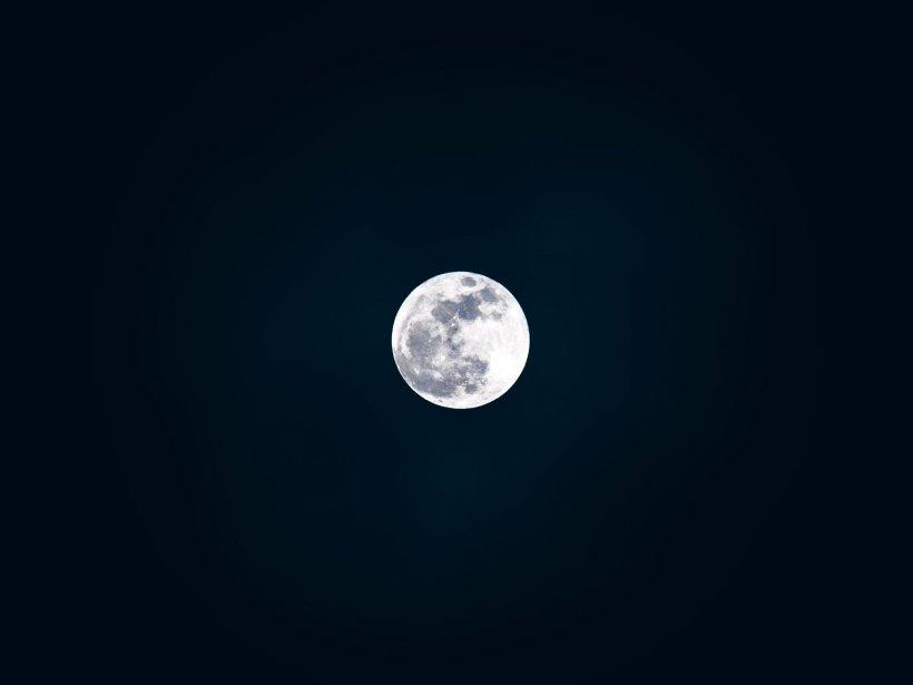 Premieră mondială! NASA va trimite prima femeie pe Lună în anul 2024