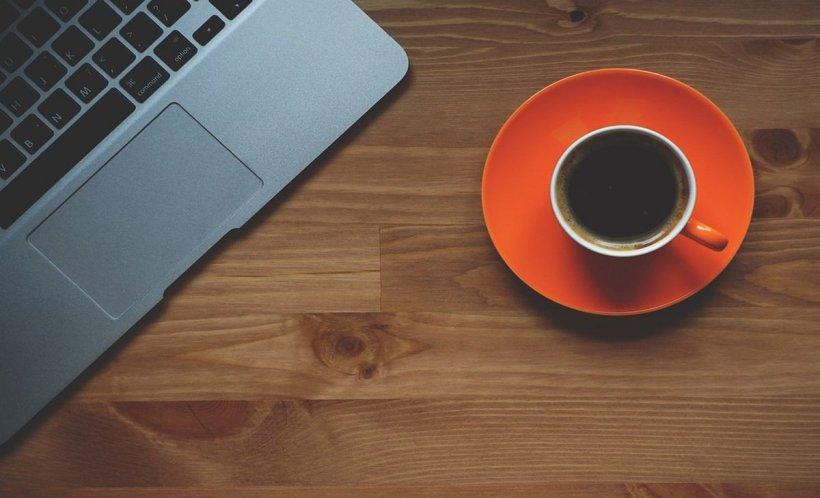Te-ai întrebat vreodată ce cantitate de cafea poți bea fără a îți pune în pericol sănătatea? Un nou studiu a găsit răspunsul
