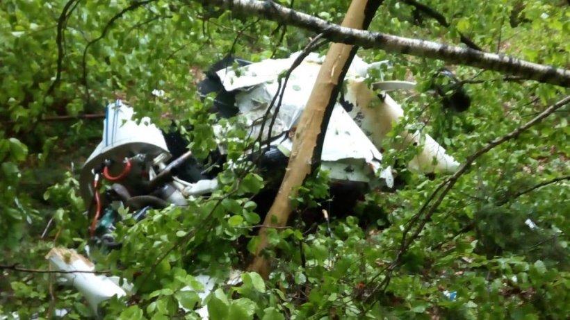 Un avion s-a prăbușit în județul Buzău. Doi morți