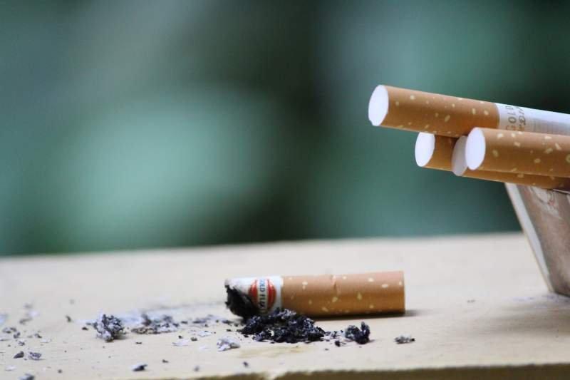 Soluții pentru reducerea riscurilor pentru fumători