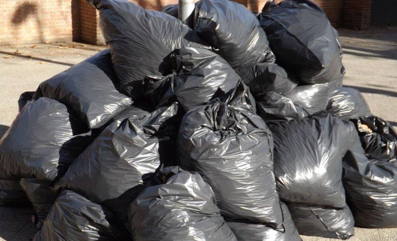 Caz șocant. Autorităţile au descoperit cel puţin 18 saci cu rămăşiţe umane la o fermă