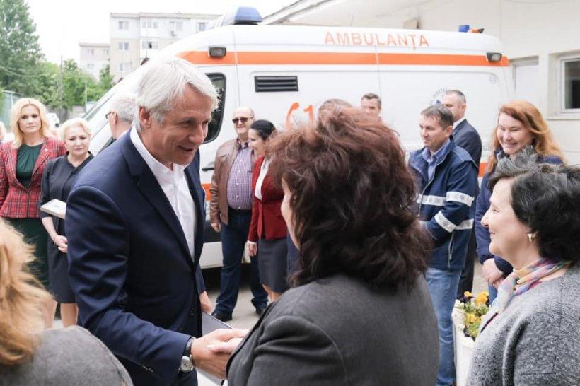 Eugen Teodorovici, atac dur la Corina Crețu: Vrea să pună bețe în roate României!