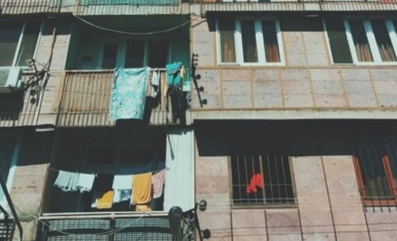 Accident de muncă mortal la Piteşti. Un muncitor a căzut de la etajul al cincilea al clădirii în care lucra