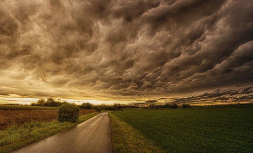Alertă meteo: Vreme instabilă în aproape toată țara până sâmbătă