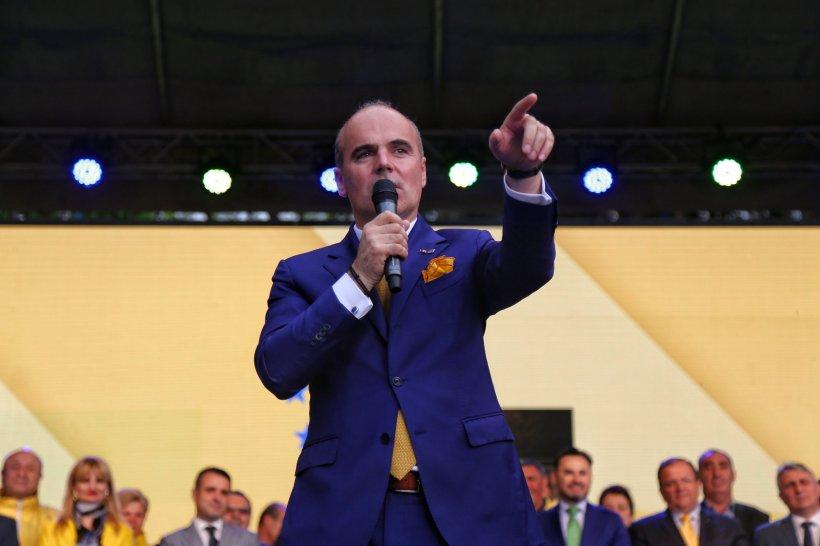 Moment penibil pentru Rareș Bogdan. Ce arată sondajele