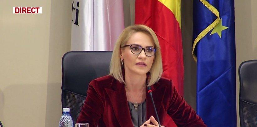 Toate școlile și grădinițele din București vor avea cursurile suspendate vinerea viitoare, când vine Papa Francisc. Unele unități vor fi închise și joi