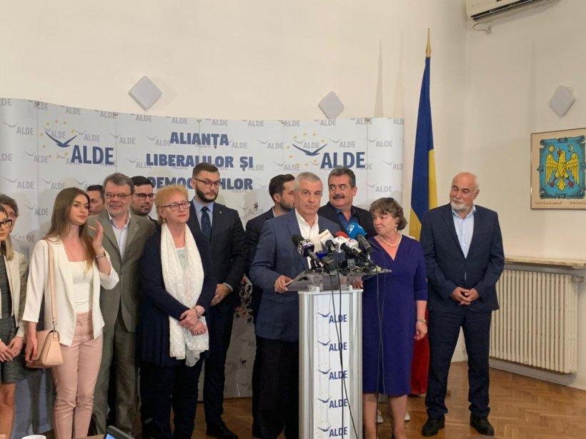 ALDE discută despre posibilitatea ieșirii de la guvernare