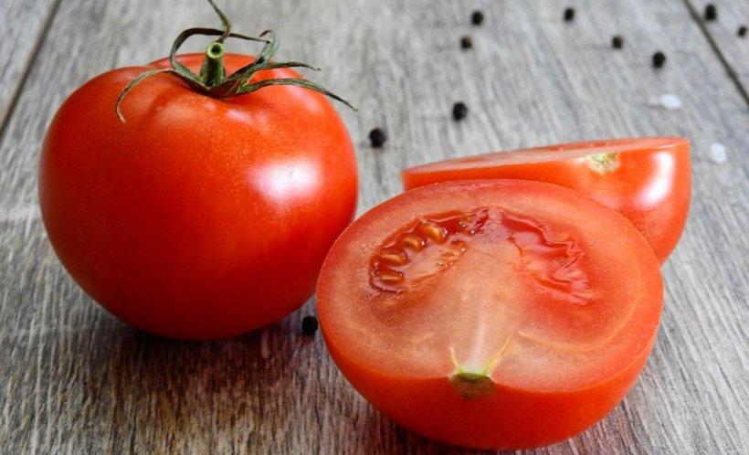 DIETA cu roşii: scapi de două kilograme în trei zile