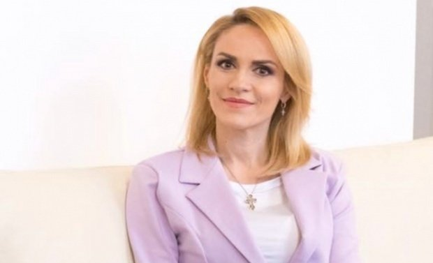 Gabriela Firea se gândeşte să revină pe funcţiile deţinute în PSD până anul trecut