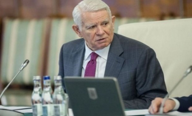 Meleșcanu, prima reacție după ce Iohannis i-a cerut demisia 534