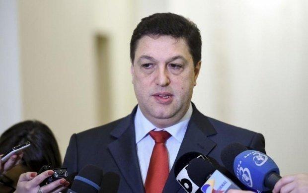 """Şerban Nicolae: """"Niciuna dintre modificările făcute de Parlament sau Guvern nu l-a protejat pe Dragnea"""""""