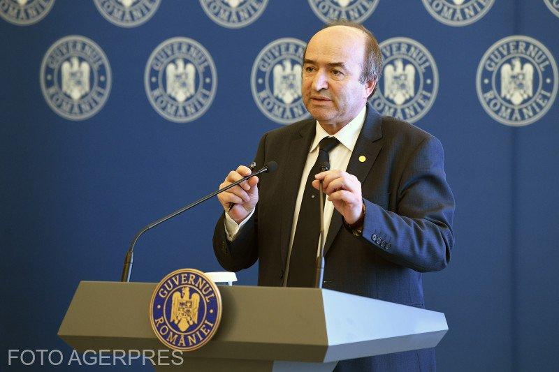 Tudorel Toader: Pe masa Guvernului nu a ajuns niciun proiect de OUG referitor la amnistie şi graţiere