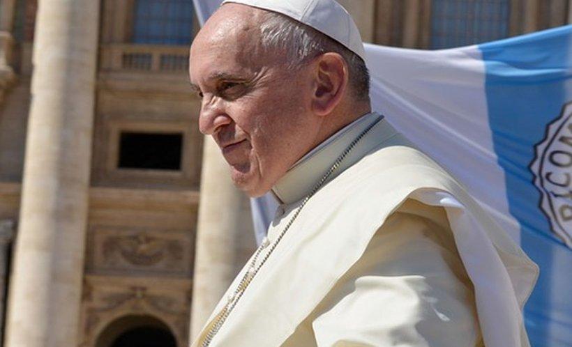 Papa Francisc vine în România. Începe vineri o vizită apostolică de trei zile 534