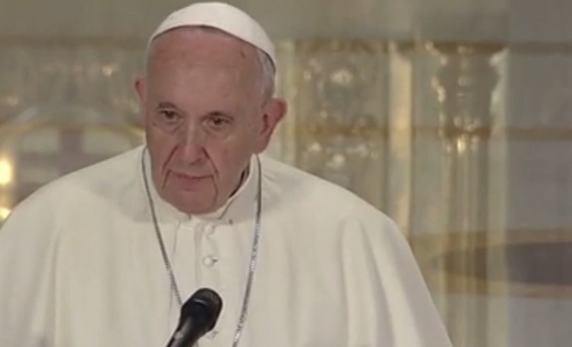 Papa Francisc, lecție de bunătate și iubire. Moment sacru la Catedrala Mântuirii Neamului - VIDEO 534
