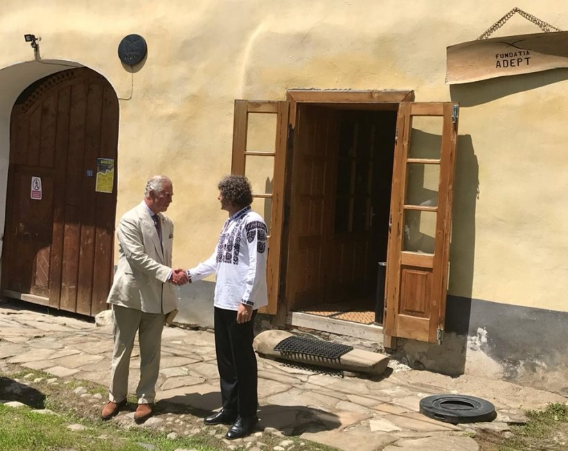 Vizită-surpriză într-o comună din județul Mureș. Nimeni nu știa că e în România, în paralel cu Papa Francisc FOTO