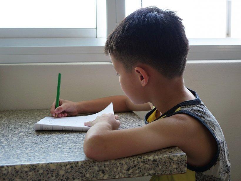 """Un băiețel a ajuns la spital după ce a prezentat simptomele unei răceli, iar medicii i-au spus mamei că se preface. La scurt timp, au aflat cruntul adevăr: """"E un dezastru"""""""