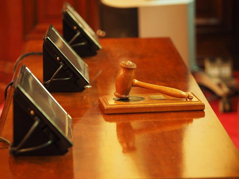 Circ la Instanţa Supremă! Șeful secţiei de investigare a magistraţilor nu a fost lăsat să intre în sala de judecată