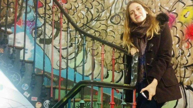Cum și-a salvat o britanică iubitul, atacat de o ursoaică în România
