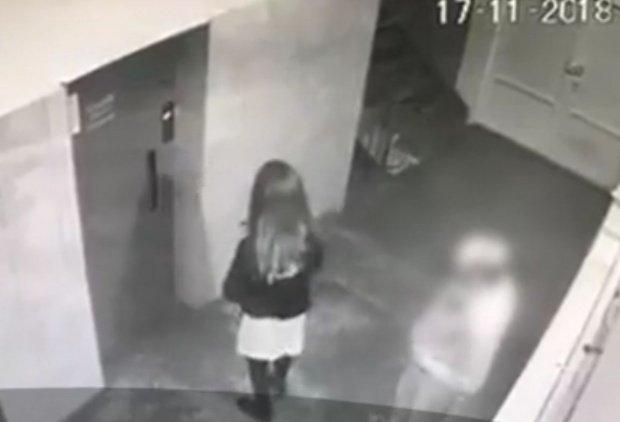 Decizie în cazul agresorului tinerei lovite cu bestialitate în timp ce aștepta liftul într-un bloc din Alba Iulia. Cât timp va petrece acesta după gratii