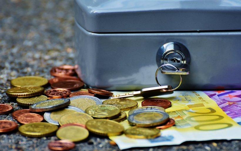 Metodă inedită de jaf! Cum a reușit un bărbat să spargă două bănci la doar câteva zile distanță