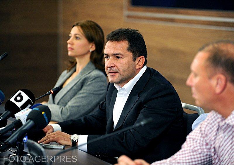 Elan Schwartzenberg scapă de mandatul de arestare 16