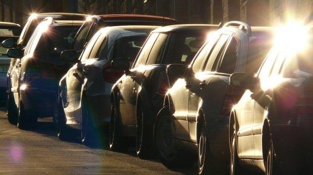 Preţul maşinilor electrice va scădea semnifcativ