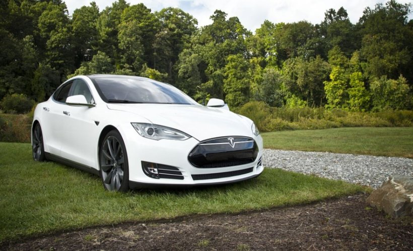 Preţurile maşinilor electrice vor scădea semnificativ în perioada următoare