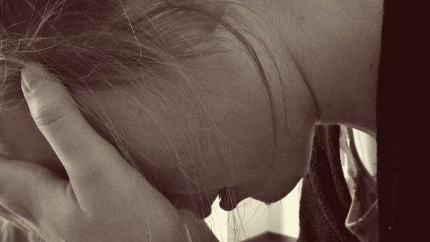 Caz șocant la Roma. O româncă a fost la un pas de moarte după ce a fost atacată de iubit cu cuțitul