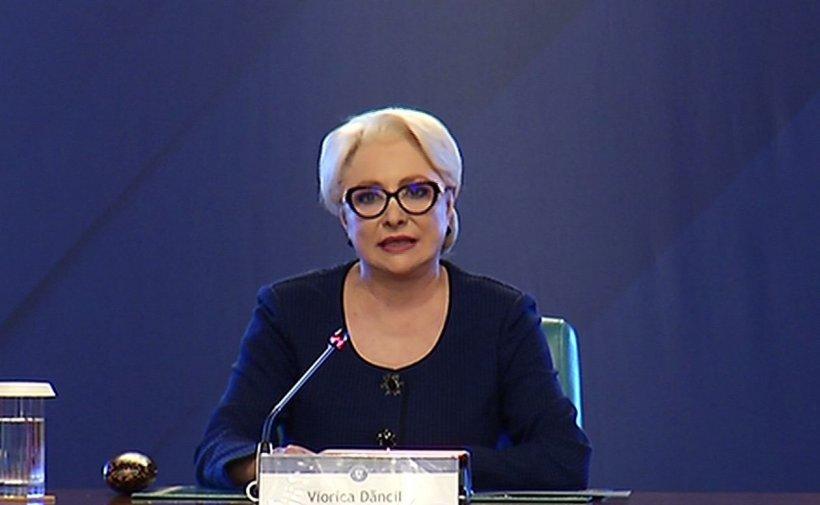 """Dăncilă, despre remaniere: """"Nu pot să spun dacă vreun ministru va fi remaniat. Dacă se va considera că au greșit, luăm în calcul"""""""