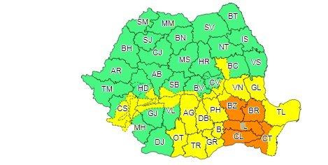 Cod galben de furtună în mai multe regiuni ale țării. Cod portocaliu în patru județe. Caniculă până joi 16