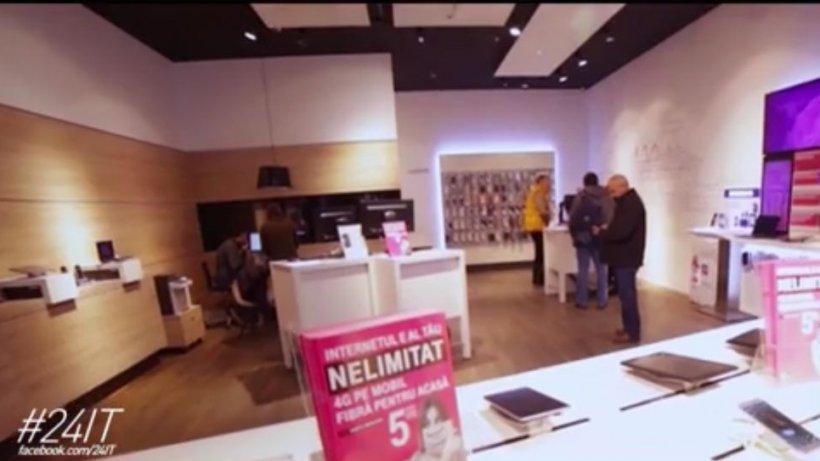 Telekom şi Blue Air au lansat o campanie inedită. Iei un telefon, primeşti voucher de vacanţă
