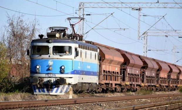 CFR are nevoie investiţii de 20 de miliarde de euro pentru ca trenurile să poată depăşi trotinetele electrice