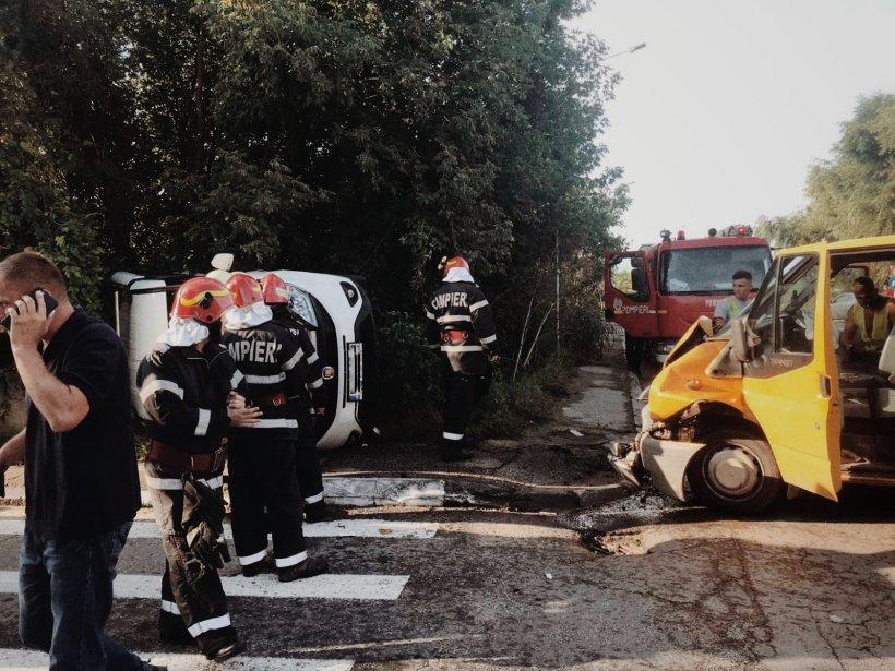 Accident pe Aleea Fabricii de Zahăr din Giurgiu. Trei persoane sunt rănite