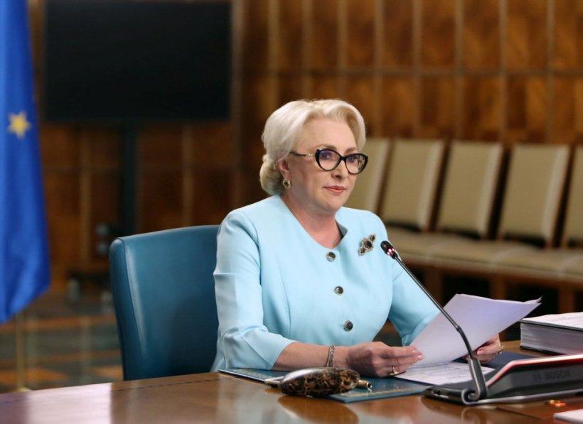 """Dăncilă le-a mulțumit lui Teodor Meleșcanu și Carmen Dan pentru activitatea din ministere: """"E nevoie să redăm românilor încrederea în instituțiile publice"""""""