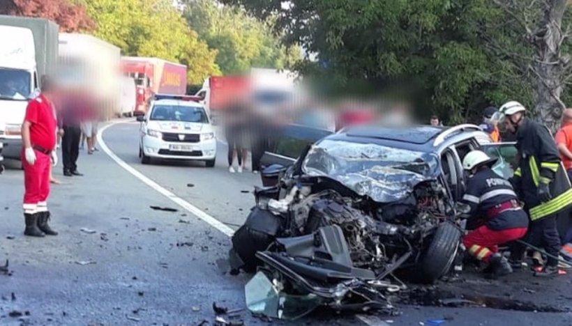 Accident cumplit cu șase victime în Călimănești. Două persoane au decedat
