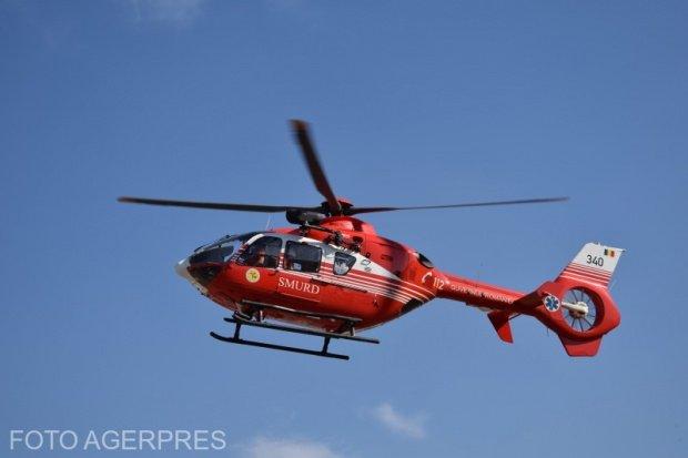 Copil, transportat cu un elicopter SMURD la spital, din cauza unei sticle cu diluant
