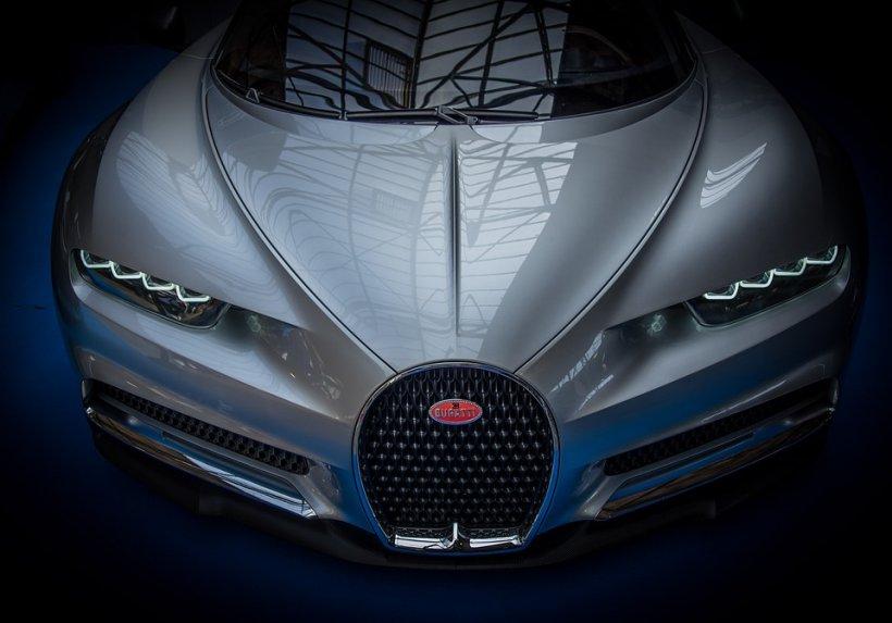 Fabulos. Cine conduce cea mai scumpă mașină din România