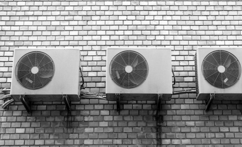 Care este temperatura potrivită la care trebuie setat aerul condiţionat pe timp de caniculă