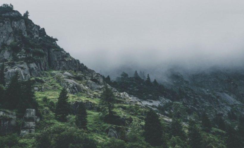 Alertă în Munții Făgăraș. Patru turiști sunt căutați după ce s-au rătăcit