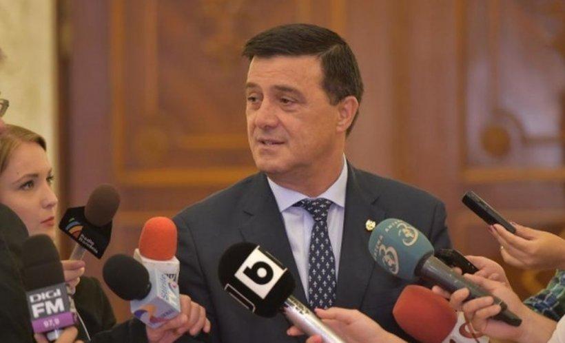 """Ministrul Economiei: """"Sunt probleme cu banii, dar nu cu banii de salarii şi pensii, astea sunt nebuniile unora"""""""